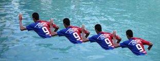 Este é o nada Crauuuuu... Crau no Juíz que num viu que o gol foi de mão! ;)